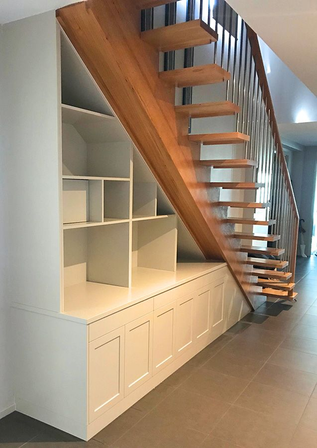 Bookcase-under-Staircase