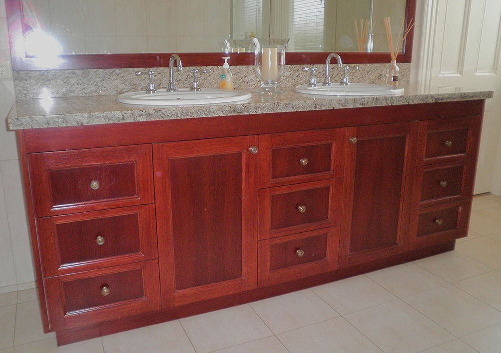 Traditional-Timber-Vanity